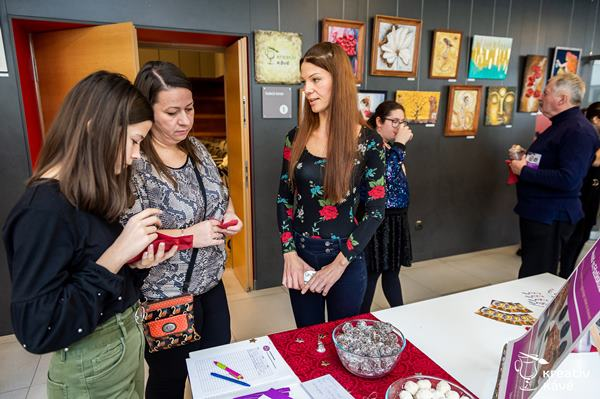 LovelyVeg Főzőiskola a Kreatív Kávé Klubkiállításán - Nagy Szilvia